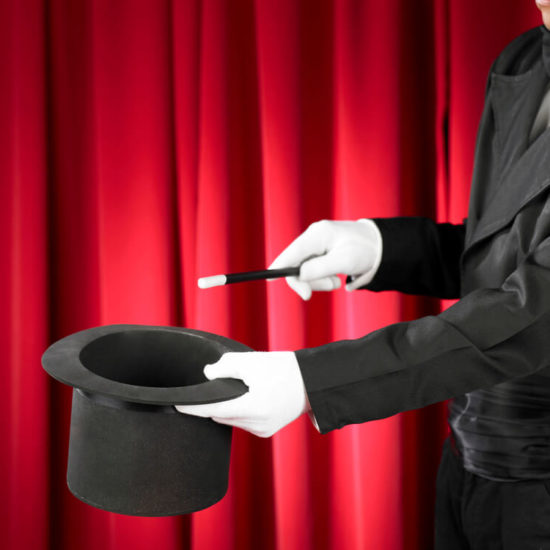 DO FAMOUS MAGICIANS EVER REVEAL THEIR SECRETS BEFORE THEY DIE?