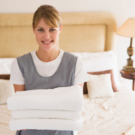 Difference Between a Maid and a Housekeeper
