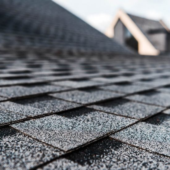 How to Choose the Right Color Roof for Your Home