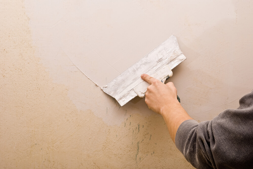 How To Repair Hairline S In Plaster Walls The Stylus