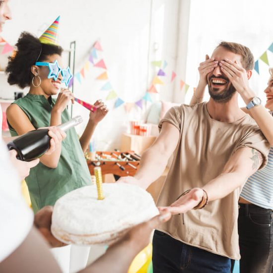 How to Set Up a Surprise Birthday Party