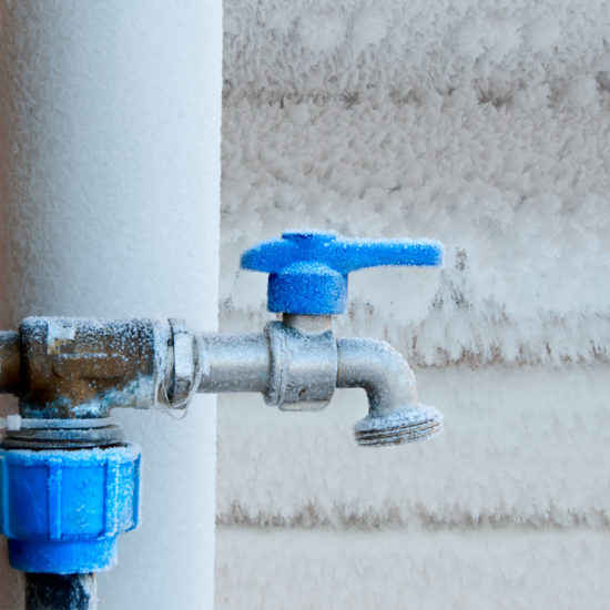 What Temperature Does Water in Pipes Freeze?